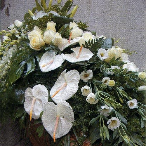 Obelisco Cordioli Composizioni floreali cuscino copricassa Art. 120